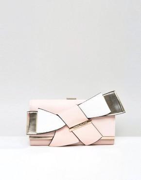 8271007-1-pink
